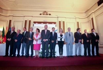 Ballesteros participa a la cimera d'alcaldes per defensar l'execució del corredor del Mediterrani