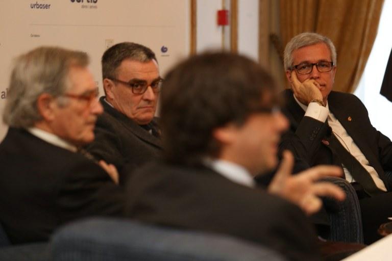 Josep Fèlix Ballesteros participa en un debat amb els alcaldes de Barcelona, Girona i Lleida