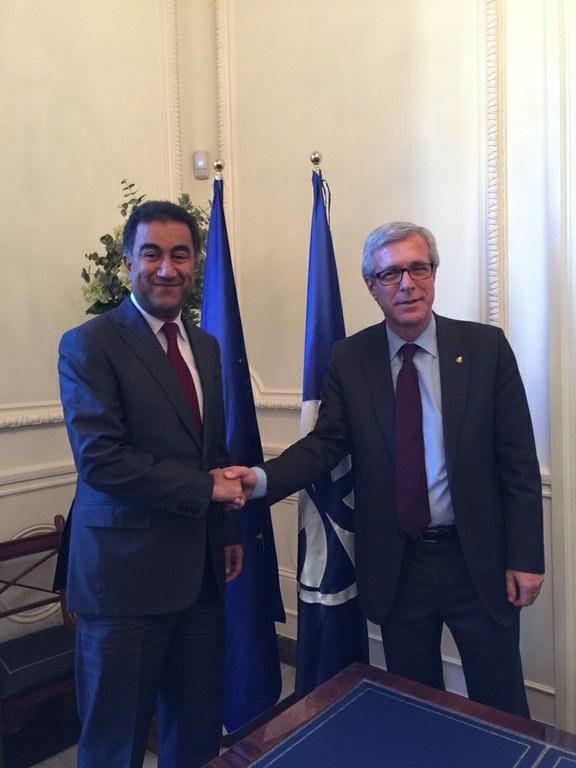 L'alcalde de Tarragona es reuneix amb el secretari general de la Unió per al Mediterrani