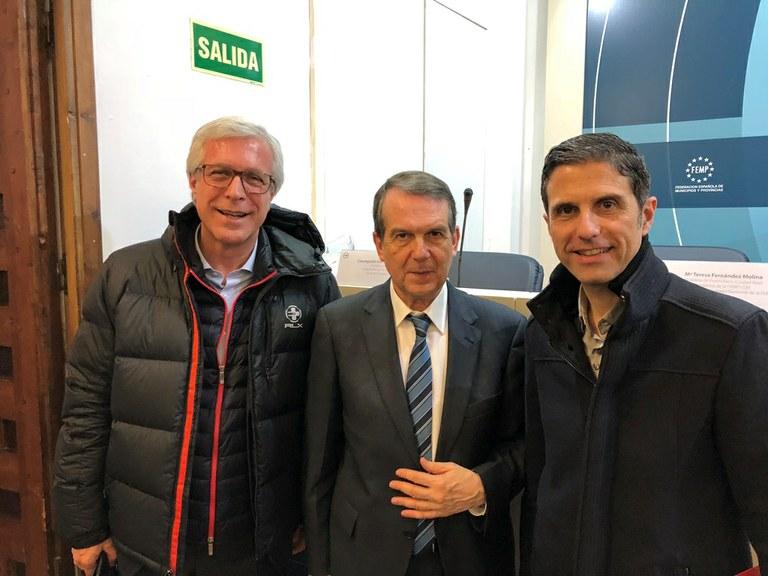 Ballesteros participa a Madrid en una reunió d'alcaldes per millorar el finançament dels municipis