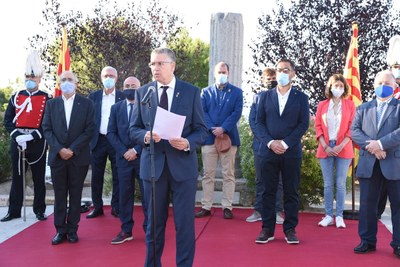 """L'alcalde Pau Ricomà reivindica """"un país per a tots"""" a l'ofrena floral de l'11 de setembre"""