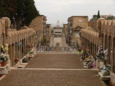 Dispositiu de mobilitat per facilitar l'accés al cementiri el dia de Tots Sants