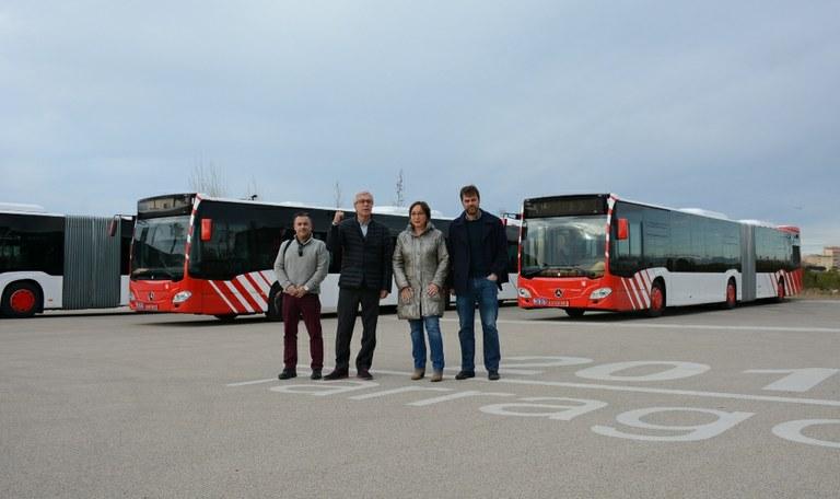 L'Empresa Municipal de Transports incorpora tres nous autobusos articulats