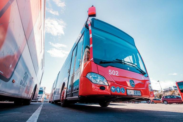 Recorreguts alternatius a les línies d'autobusos municipals per obres de pavimentació