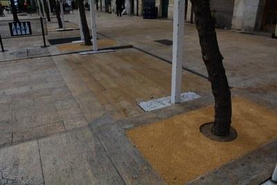 Nous escocells més resistents i porosos a la plaça de la Font