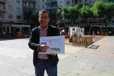 La plaça Verdaguer amplia amb un nou espai de jocs el Parc Infantil