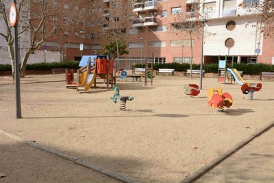 La plaça de Josep Roig i Raventós tancarà a les nits per motius de seguretat i conservació