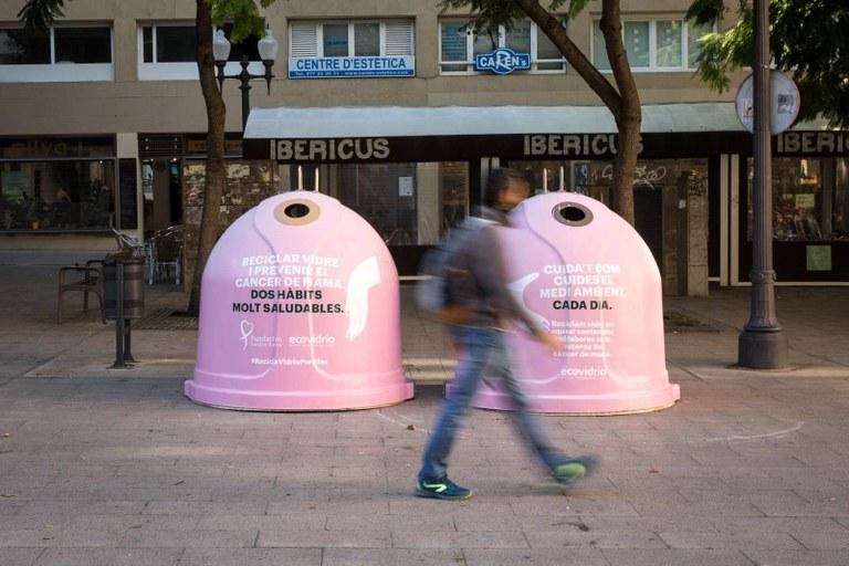 Nova campanya de l'Ajuntament de Tarragona i Ecovidrio 'Recicla vidre per elles' amb motiu del Dia Mundial del Càncer de Mama