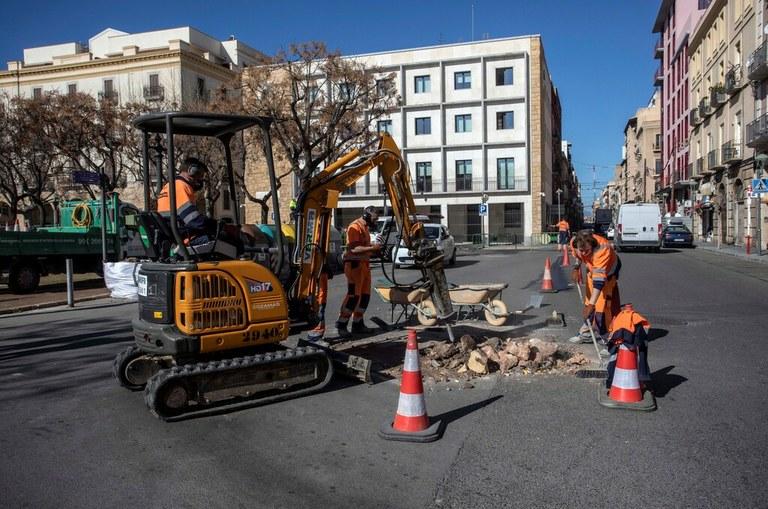 Millores viàries a la plaça dels Carros i a la plaça Salvadó Urpí