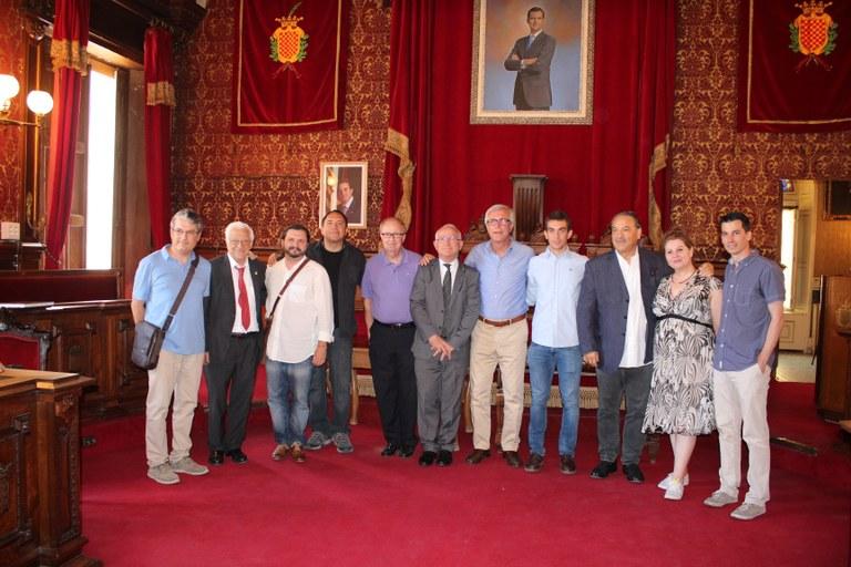 L'Alcalde rep els guanyadors dels XXI Premis Ones Mediterrània a l'Ajuntament