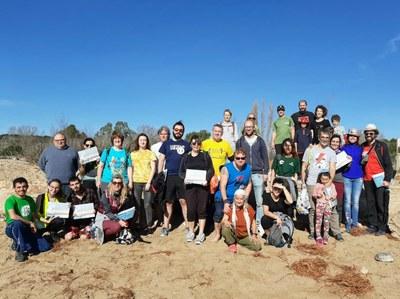 Entitats, polítics i voluntaris segueixen les accions per recuperar les platges
