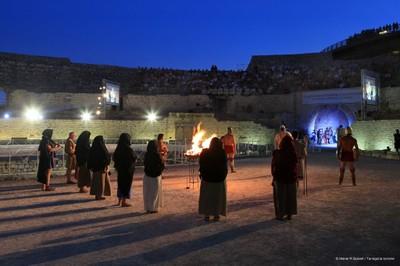 Imatge nocturna de  l'Amfiteatre