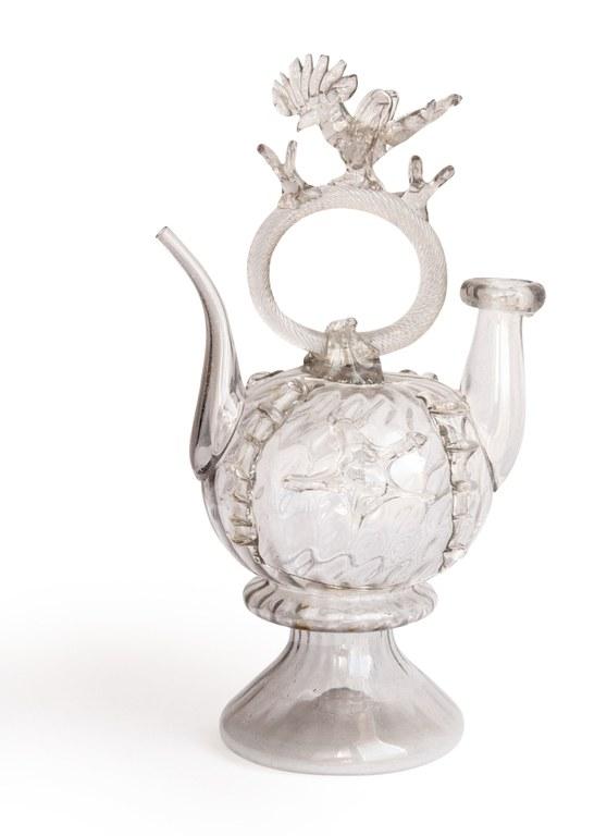 'Quan els objectes parlen' exposarà un càntir de vidre de la primera meitat del segle XIX
