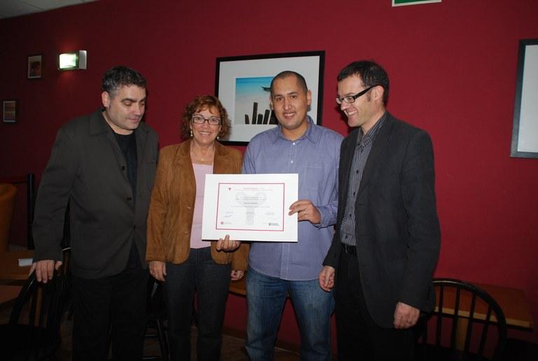 El saló de te Sàhara rep un premi a la normalització lingüística de la Confederació de Comerç de Catalunya
