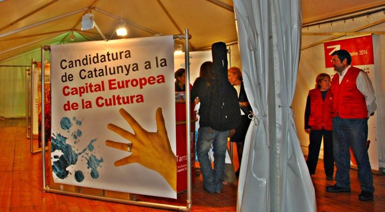 Tarragona 2016 aconsegueix 3.000 signatures de suport i dinamitza la candidatura amb l'exposició de la Rambla Nova