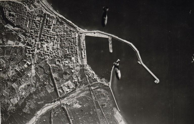 El Museu d'Història, la Biblioteca i l'Arxiu busquen testimonis dels bombardejos a la ciutat ara fa 75 anys