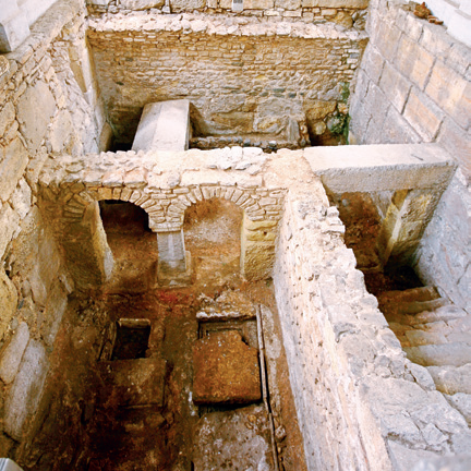 Jornada de portes obertes a la intervenció arqueològica de la Basílica Paleocristiana