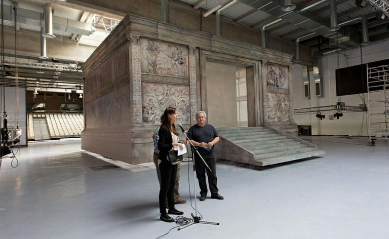 Tarraco Viva presenta una rèplica a mida real de l'Altar de la Pau d'August
