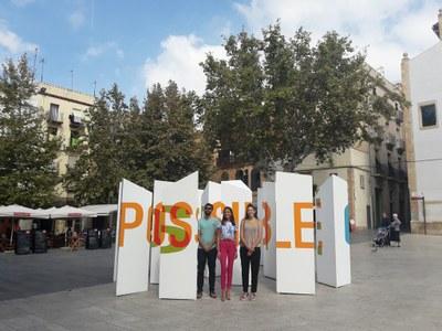 La intervenció artística 'Laberints lírics' del Grup Ciutats Patrimoni d'Espanya ja llueix a la plaça del Rei