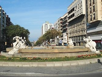 La Diputació inicia la restauració del cap i de la mà trencats de la Font del Centenari de la Rambla Nova de Tarragona