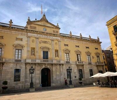 La façana de l'Ajuntament de Tarragona s'il·luminarà de blau en suport al Dia de les Malalties Minoritàries