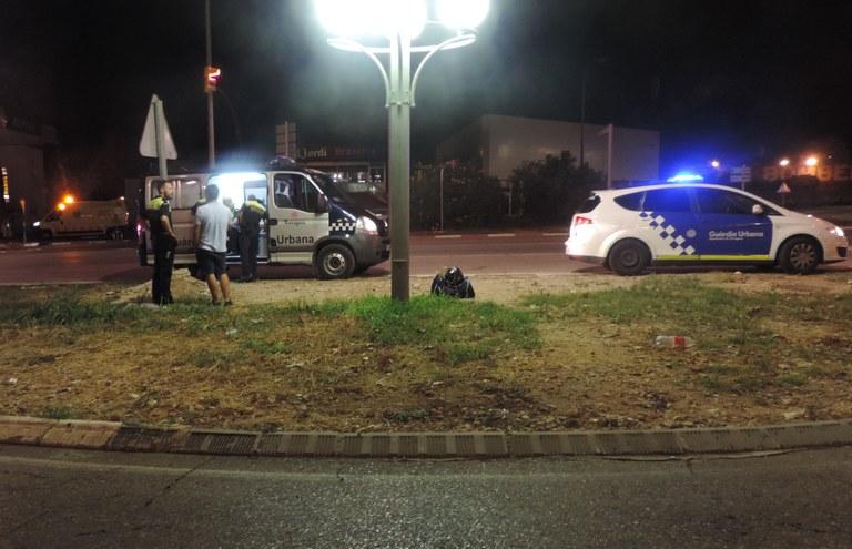 Detingut per una baralla amb diversos implicats a un bar de Sant Pere i Sant Pau