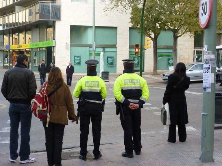 Detinguts per un presumpte delicte de robatori amb força