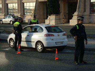 Denunciat pels delictes contra la seguretat viària i trencament de condemna