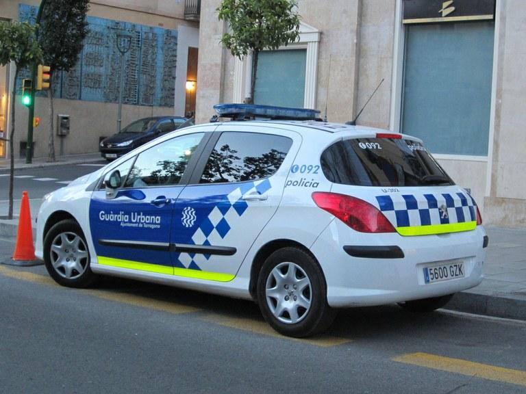 La Guàrdia Urbana deté un home pel robatori a 20 vehicles a la ciutat
