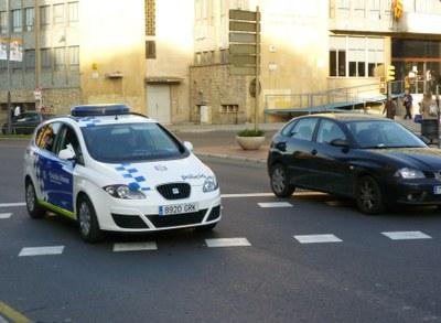 La Guàrdia Urbana ha detingut aquesta matinada un home de 42 anys com presumpte autor de diversos robatoris amb força a l'interior de vehicles.