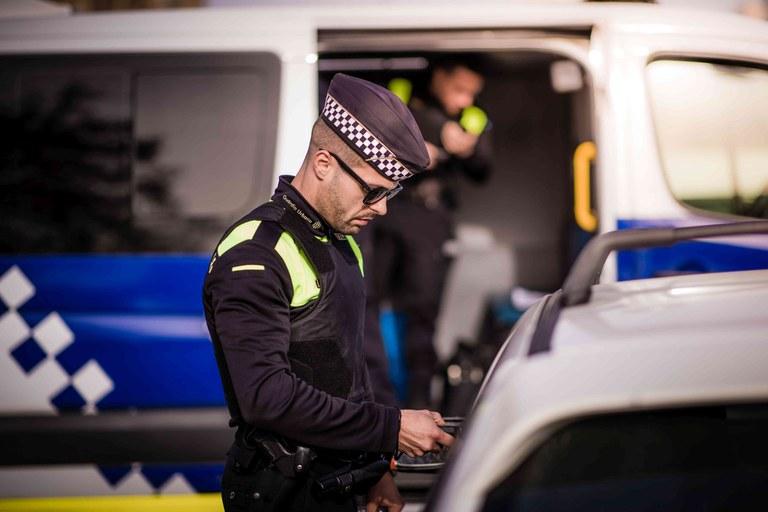 La Guàrdia Urbana denuncia 15 persones per incomplir les indicacions de confinament