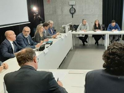 La millora de la seguretat, la formació i informació a la població, la recuperació de la gestió de les emergències i la transformació de la indústria centren les exigències dels alcaldes del territori