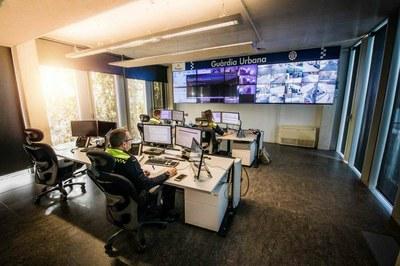 Nou persones denunciades ahir dijous per la Guàrdia Urbana per incomplir les indicacions de confinament