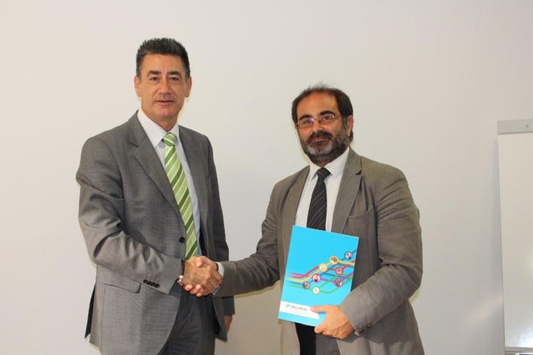 L'Ajuntament de Tarragona i Microbank firmen un conveni per incentivar l'activitat emprenedora