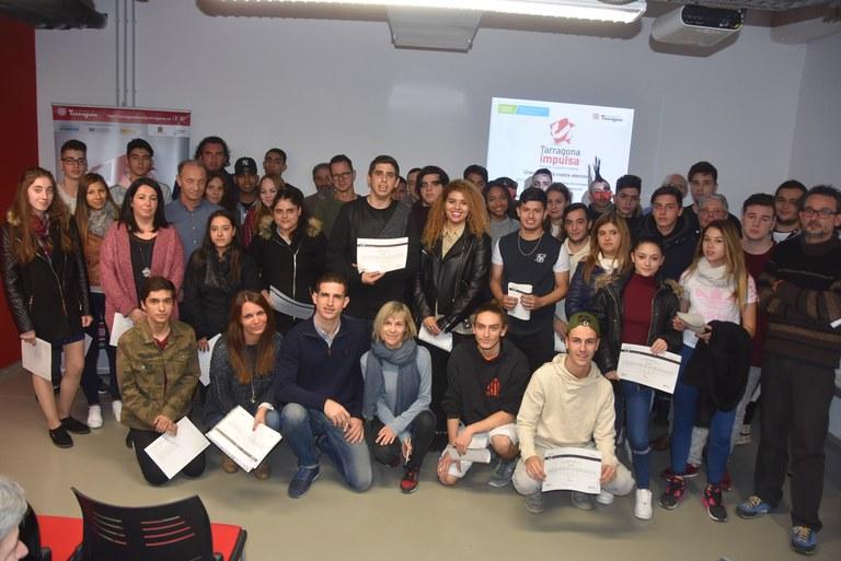 Tarragona Impulsa ofereix formació i accés al mercat laboral a 97 joves mitjançant tres programes d'ocupació