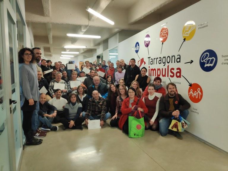 Entrega de diplomes a les persones que han participat en accions formatives del Servei d'Orientació i Intermediació Laboral de Tarragona Impulsa.